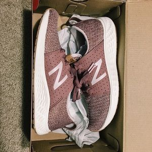 New Balance Rose Color Sneakers